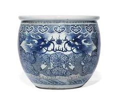 A LARGE BLUE AND WHITE 'DRAGON' FISH BOWL  LATE QING DYNASTY, 19TH/20TH CENTURY