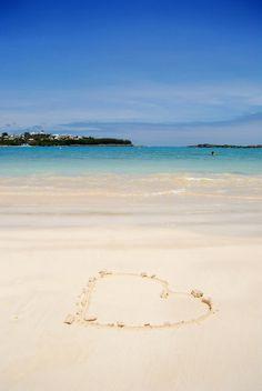 Feel the love #bermuda #gotobermuda  www.gotobermuda.it spiagge, mare, vacanze