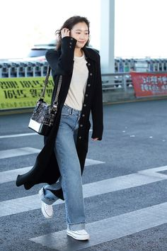 Fashion Idol, Star Fashion, Fashion Outfits, Paris Fashion, Pop Fashion, Kim Go Eun Style, My Style, Korean Celebrities, Korean Actresses