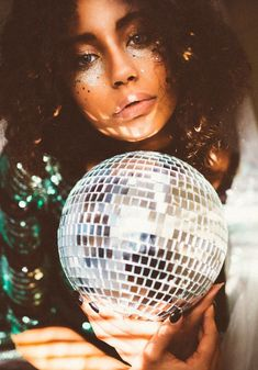fashion photography, fashion editorial, New Years photoshoot, disco ball, holiday #GlitterPhotography