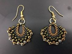 Hey everyone :) welcome to my channel, here is a tutorial on how to make Beautiful, fashion, Fan earrings, Very easy to make and they look Georges! Fashion Jewelry Necklaces, Fashion Earrings, Diy Jewelry, Handmade Jewelry, Jewelry Design, Jewelry Making, Jewelry Ideas, Seed Bead Jewelry, Seed Bead Earrings