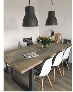 Table and chairs Dining Room Design, Dining Room Table, Dining Chairs, Home Staging, Home Remodeling, Home Kitchens, Living Room Decor, Kitchen Decor, Sweet Home