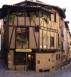 Vieille maison - Albi Toulouse, Architecture Blueprints, Honfleur, Fontainebleau, Construction, South Of France, Cabin, House Styles, France
