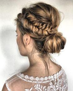 Gorgeous Wedding Hairstyles Ideas For You #weddinghairstyles #fashion #weddingideas