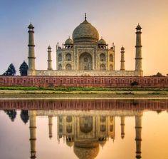 Taj Mahal, India.  #turismo #paisajes #mundo #belleza