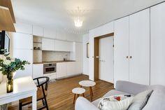 m apartment interior. Again in Paris. Studio Apartment Decorating, Apartment Interior, Bedsit, Flexible Furniture, Small Studio Apartments, Rustic Home Design, Minimal Home, Compact Living, Small Spaces