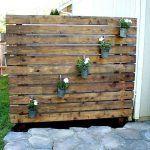 DIY Garden Slat Wall