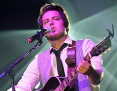 'AMERICAN IDOL' WINNER LEE DEWYZE MAKES A 'POINT AND SHOOT' ALBUM Great article from Bill Zwecker Feb.15/16   Lee DeWyze   Rick Diamond/Getty Images