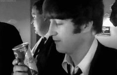 """he be like """"Lookie what we have here. Imagine John Lennon, David Bowie John Lennon, John Lennon Beatles, The Beatles 1, Beatles Photos, Great Bands, Cool Bands, The Quarrymen, Famous Musicals"""