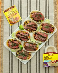 Eating in just got better with these fully-loaded steak taco bowls! They& the ultimate crowd-pleasing food! Mexican Food Recipes, Beef Recipes, Cooking Recipes, Healthy Recipes, Beef Meals, Drink Recipes, Recipies, Dinner Recipes, Tortilla Bowls
