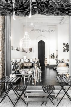 Riad Food Garden is a cozy design restaurant in Milan with a black and white mix of Scandi and ethnic style - ITALIANBARK italian interiors