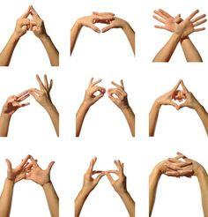 By discovering the magical world of yoga mudras, holistic health and harmony really can be found at your fingertips. Yoga Bewegungen, Hatha Yoga, Yoga Meditation, Kundalini Yoga, Pranayama, Yoga Handstand Poses, Yoga Poses, Finger Yoga, Yoga Fitness