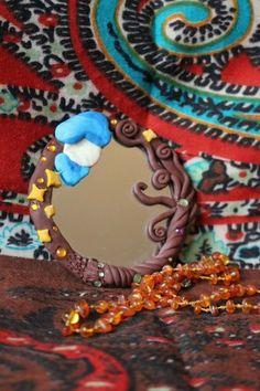 Es gibt #taschenspiegel / #handspiegel für die #handtasche! #selbstgemacht von #selbstgemachtewunderwelt aus #fimo