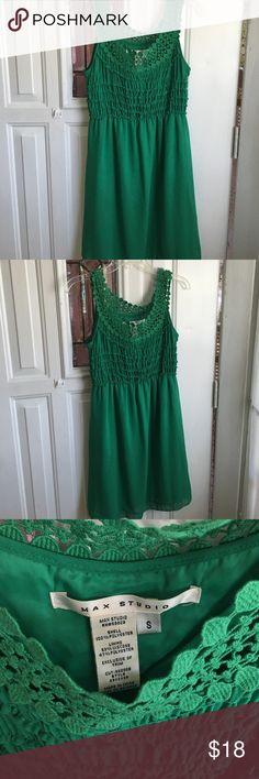 Max studio green dress Worn twice Max Studio Dresses