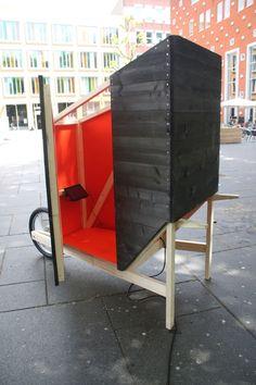 "The Kruiscope ""wheelbarrow cinema"" wins in a 1 square meter cinema competition | Photo courtesy of Stijn Vossen | Bustler"