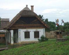 facebook/szepmagyarfalvak  ph: bálinnt gizi  Bikal, Hungary Our World, Traditional House, How Beautiful, Hungary, Countryside, Ph, Globe, Landscapes, Farmhouse