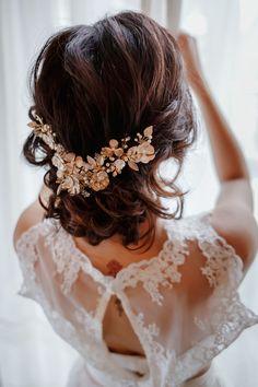 Marion Bruidshaar en make-up | Wedding Beauty Services in Utrecht Wedding Hairstyles For Long Hair, Wedding Hair And Makeup, Wedding Beauty, Hair Makeup, Budget Wedding, Wedding Vendors, Wedding Events, Wedding Planning, Wedding Braids