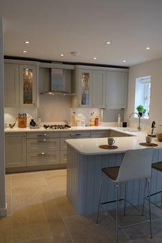 Kitchen Room Design, Kitchen Cabinet Design, Modern Kitchen Design, Kitchen Layout, Home Decor Kitchen, Interior Design Kitchen, Kitchen Diner Designs, Home Kitchens, Open Plan Kitchen Dining Living