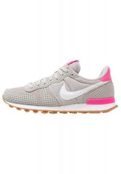 INTERNATIONALIST - Sneaker low - light iron ore/summit white/medium brown/pink