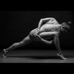 #bodyscape by Anton Belovodchenko #nudeart #nudemodeling #nudephotography #legs #girl #model #cute #pretty #beauty #beautiful #love #luv #female #woman #monochrome #blackandwhite #bw #pickoftheday #photooftheday #instamood #instadaily #instagood #tweetgram #igers #igdaily #instagramers #statigram #strength