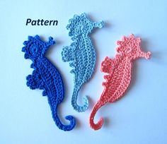 This pattern is for Seahorse applique.You will need to know how to make chain, single crochet, half double crochet, double crochet, treble crochet and slip stitch to complete this project.The finished size is about pattern uses crochet US terms. Crochet Starfish, Crochet Fish, Crochet Crafts, Crochet Flowers, Crochet Projects, Crochet Thread Size 10, Crochet Hook Sizes, Single Crochet, Crochet Hooks