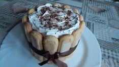 Nepečená torta s višňami Tiramisu, Treats, Ethnic Recipes, Food, Sweet Like Candy, Goodies, Essen, Meals, Tiramisu Cake