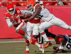 Kansas City Chiefs wide receiver Donnie Avery (17) is chased down by Cleveland Browns outside linebacker Barkevious Mingo