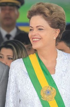 Presidente Dilma acompanha desfile