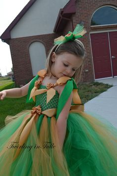 For a #Baylor wedding! // Flower Girl Dress Green and Gold Tulle Flower Girl Dress  Size 0-24M