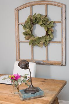 Are you dying to get the fixer upper look for your home? Try these 11 ways to make it look like Joanna Gaines was your personal interior designer! Magnolia Mom, Magnolia Fixer Upper, Magnolia Farms, Magnolia Wreath, Magnolia Market, Magnolia Leaves, Chip And Joanna Gaines, French Country Decorating, Hgtv