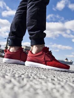 the best attitude b134f da905 Nike Roshe NM Flyknit PRM  Gym Red Nike Pas Cher, Chaussures Nike Pas Cher