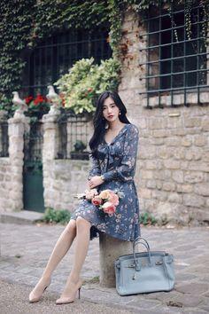 daily 2017 feminine& classy look Korean Street Fashion, Asian Fashion, Cute Skirts, Cute Dresses, Modest Fashion, Fashion Outfits, Womens Fashion, How To Look Classy, Business Fashion