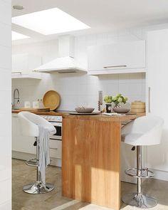 cozinha branca e madeira... adoro