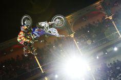Atual campeão aplica manobra inédita no Red Bull X-Fighters de Madri; veja aqui em detalhes.