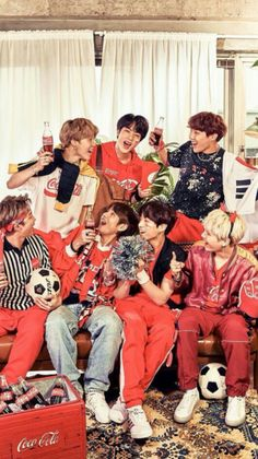Jhope, Bts Bangtan Boy, Bts Taehyung, Foto Bts, Namjin, Bts Official Light Stick, Bts Group Photos, Boy Photos, Vkook