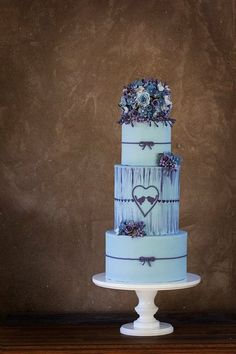 Blue and purple theme wedding cake