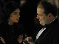 In Dark Horse, Abe (Jordan Gelber) and Miranda (Selma Blair) meet at a wedding and start a relationship soon after, though not for the most romantic reasons.