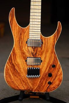 Skervesen Raptor Limited Series