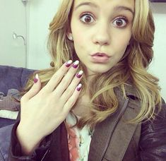 g hannelius cute nails G Hannelius, Disney Channel Stars, Disney Stars, Dog With A Blog, Disney Actresses, Sofia Carson, Weird Pictures, Paris Hilton, Trends