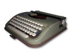 Mechanische Reiseschreibmaschine Princess Standard mechanical typewriter #128