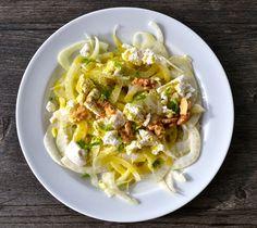 Dieser Salat hat sich in den letzten Jahren zu einem clubzimmer-Klassiker entwickelt. Ehrlich gesagt war mir lange Zeit überhaupt nic...