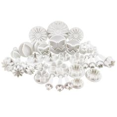 33 Piece Cake Decorating / Sugarcraft Set with Cutters & Plungers for Flowers , Leaves and Shapes CT-3200 on Etsy, $25.96