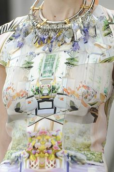 english-rose:  Mary Katrantzou Spring 2011