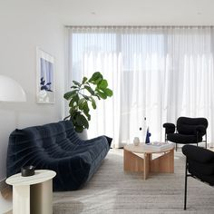 Best designers' tips to select a rug for your living room. Interior And Exterior, Interior Design, Sofa Colors, Shared Rooms, Occasional Chairs, Design Firms, My Room, House Tours, Man Cave