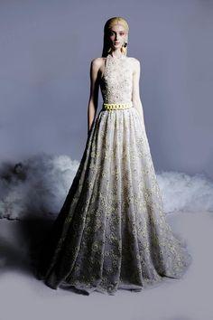 Long Evening Gowns, Georges Hobeika, Queen, Runway Fashion, 3d Fashion, Fashion Trends, Spring Summer Fashion, Dress Skirt, Beautiful Dresses