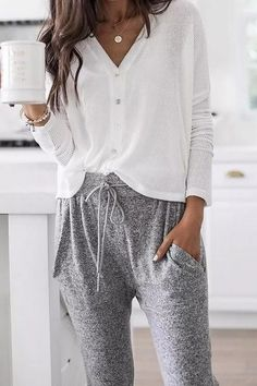 Spring work outfits - 63 spring outfits for work office style business casual 43 springoutfits outfitideasforwomen – Spring work outfits Hipster Outfits, Lazy Day Outfits, Spring Work Outfits, Trendy Outfits, Fashion Outfits, Hipster Clothing, Rock Outfits, Everyday Outfits, Emo Outfits