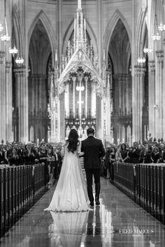 A fabulous New York City wedding at St. wedding pictures A Fabulous New York City Wedding — Fourteen-Forty: Custom Wedding Invitations Wedding News, New York Wedding, Wedding Venues, Dream Wedding, St Patricks Cathedral Nyc, Catholic Wedding, Wedding Church, Wedding Photoshoot, Wedding Shot