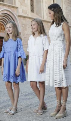 30 July 2018 - The Spanish Royal Family on holiday in Palma de Mallorca - dress by Hugo Boss, shoes by Mint & Rose Tween Fashion, Little Girl Fashion, Royal Fashion, Fashion Outfits, Fashion Moda, Cute Dresses, Girls Dresses, Summer Dresses, Fall Outfits