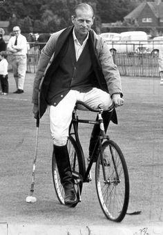 The Original Fixie. HRH was a hipster. Prince Philip, Duke of Edinburgh (Philip Mountbatten, born Prince Philip of Greece and Denmark, Bicycle Polo, 1967 Prinz Phillip, Velo Vintage, Vintage Bicycles, Reine Victoria, Elisabeth Ii, Rando, Bike Rider, Men In Uniform, Queen Elizabeth
