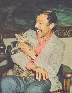 56 Rare Photos You Never Seen From the Dusty Pages of Turkish Art History - yeşilçam ♡ Tabby Cat Names, T Movie, Travel Movies, Turkish Art, Beauty Art, Rare Photos, Tag Art, Animals For Kids, New Movies